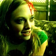 Amanda Seyfried nell'episodio 'Julia e John' della prima stagione di 'Veronica Mars'