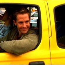Jason Dohring in una scena dell'episodio pilot 'Benvenuti a Neptune ' di 'Veronica Mars'
