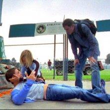 Teddy Dunn, Kristen Bell e Aaron Ashmore in una scena dell'episodio 'Julia e John' della prima stagione di 'Veronica Mars'