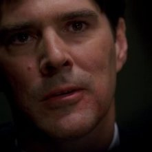 Thomas Gibson interrpeta Aaron Hotchner nella serie Criminal Minds, episodio 'Natural born Killer'