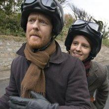 Markéta Irglová e Glen Hansard in una scena del film Once
