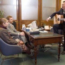 Markéta Irglová e Glen Hansard in una sequenza del film Once