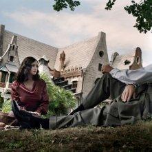 Monica Bellucci e Alessio Boni in una sequenza del dramma storico Sangue pazzo