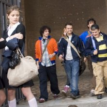 Cecilia Sagnelli, Giulia Elettra Gorietti, Marco Battelli, Andrea De Rosa, Marco Iannone e Valentino Campitelli in una scena del film Ultimi della classe