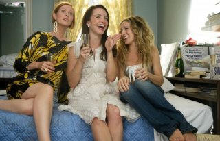 Cynthia Nixon, Kristin Davis e Sarah Jessica Parker in una scena del film di Sex and the City