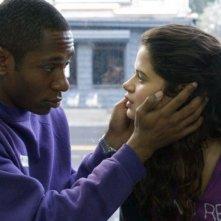 Mos Def e Melonie Diaz in una scena del film Be Kind Rewind