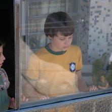 Daniela Piepszyk e Michel Joelsas in una scena del film L'anno in cui i miei genitori andarono in vacanza