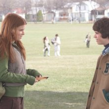 Kate Mara e Ryan Pinkston in una scena del film Full of it