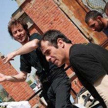 Il regista Enrico Pitzianti sul set del film Tutto torna