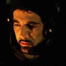 Il regista Francesco Munzi sul set del dramma Il resto della notte