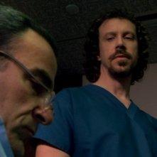 Mandy Patinkin e Marcus Giamatti nel ruolo del dott. Landman nell'episodio 'L.D.S.K.' della serie Criminal Minds