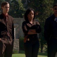 Shemar Moore, Matthew Gray Gubler e Paula Newsome che interpreta il detective Shea Clavin nell'episodio 'L.D.S.K.' della serie Criminal Minds