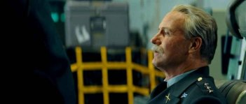 William Hurt in una sequenza del film L'incredibile Hulk