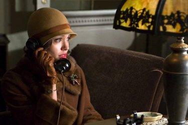 Angelina Jolie in una scena del film Changeling