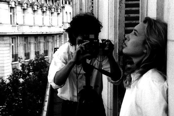 Laura Smet E Louis Garrel In Una Scena Del Film La Frontiera Dell Alba 60156