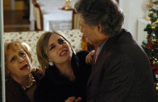 Regina Orioli in una scena del film Chi nasce tondo...