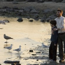Sean Curley con Joaquin Phoenix in una scena del film Reservation Road