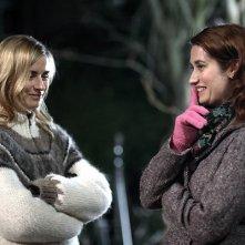 Anne Consigny e Emmanuelle Devos in una scena di Un conte de Noël