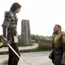 Ben Barnes e Sergio Castellitto in una scena del film Le cronache di Narnia: il principe Caspian