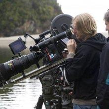 Il regista Andrew Adamson sul set del film Le cronache di Narnia: il principe Caspian
