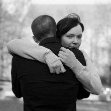 Viktoria Winge e Anders Danielsen Lie (di spalle) in una foto promozionale del film Reprise