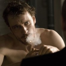 Michael Fassbender in una scena del film Hunger