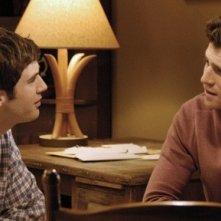 Jonathan Murphy e Bryan Greenberg nell'episodio 'Secret and Guys' di October Road