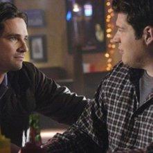 Warren Christie e Brad William Henke nell'episodio 'Best Friend Windows' di October Road