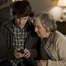 Drake Bell e Marion Ross in una scena del film Superhero Movie