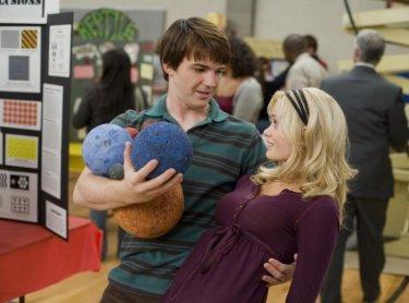 Drake Bell e Sara Paxton in una scena del film Superhero Movie
