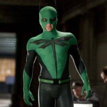 Drake Bell nei panni di Dragonfly, l'eroe verde del film Superhero Movie