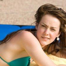 Jena Malone in una scena del film Rovine