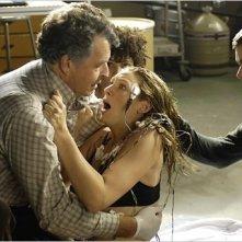 John Noble, Joshua Jackson ed Anna Torv nella prima immagine disponibile del pilot di Fringe