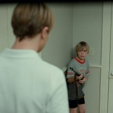 Devon Gearhart in una scena del film Funny Games