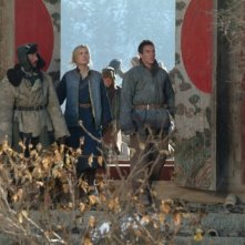 Radha Mitchell con Jonathan Rhys Meyers in una scena del film The Children of Huang Shi