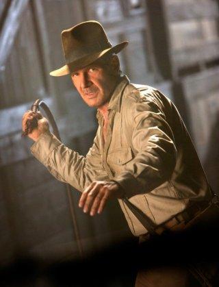 il fascinoso Harrison Ford in una scena del film Indiana Jones e il regno del Teschio di cristallo