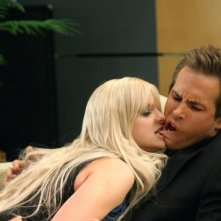 Anna Faris e Ryan Reynolds in una scena della commedia Just Friends