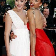 Cannes 2008: le modelle Noémie Lenoir e  Doutzen Kroes sul red carpet
