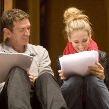 Il regista Michael Patrick King e Sarah Jessica Parker sul set del film di Sex and the City