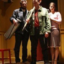 Scott Poythress, AJ Bowen e Cheri Christian in una scena del film The Signal