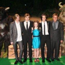 Andrew Adamson, William Moseley, Georgie Henley, Ben Barnes con il produttore Mark Johnson all'anteprima giapponese de Le cronache di Narnia: il principe Caspian