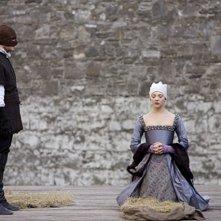 Natalie Dormer in una scena di The Tudors