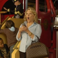 L'attrice Bette Midler in una scena del film Quando tutto cambia