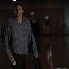 Colin Firth in una scena del film Quando tutto cambia