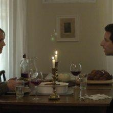 Helen Hunt e Ben Shenkman in una sequenza del film Quando tutto cambia