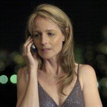 Helen Hunt in una sequenza della pellicola Then She Found Me, del 2007