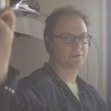 Il regista George Ratlif sul set del film Joshua