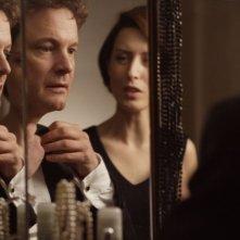 Colin Firth e Gina McKee in una scena del film And When Did You Last See Your Father?