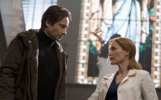 David Duchovny e Gillian Anderson in X-Files: Voglio crederci