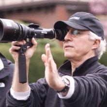 Il regista Gregory Hoblit sul set del film Nella rete del serial killer